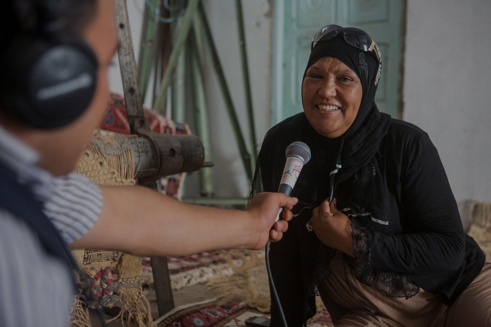 10-dark-Tunisie_Kasserine_journaliste_radio_publique