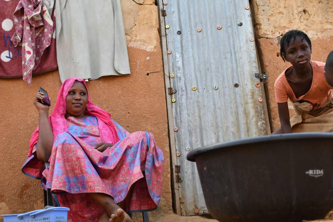 Studio Kalangou listeners in Niamey, Niger.