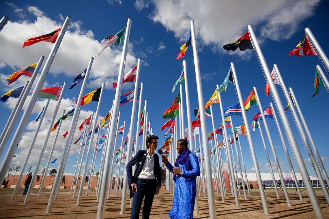 Un journaliste malien de Studio Tamani, le programme de la Fondation Hirondelle au Mali, en reportage à Marrakech lors de la COP22 en 2016.