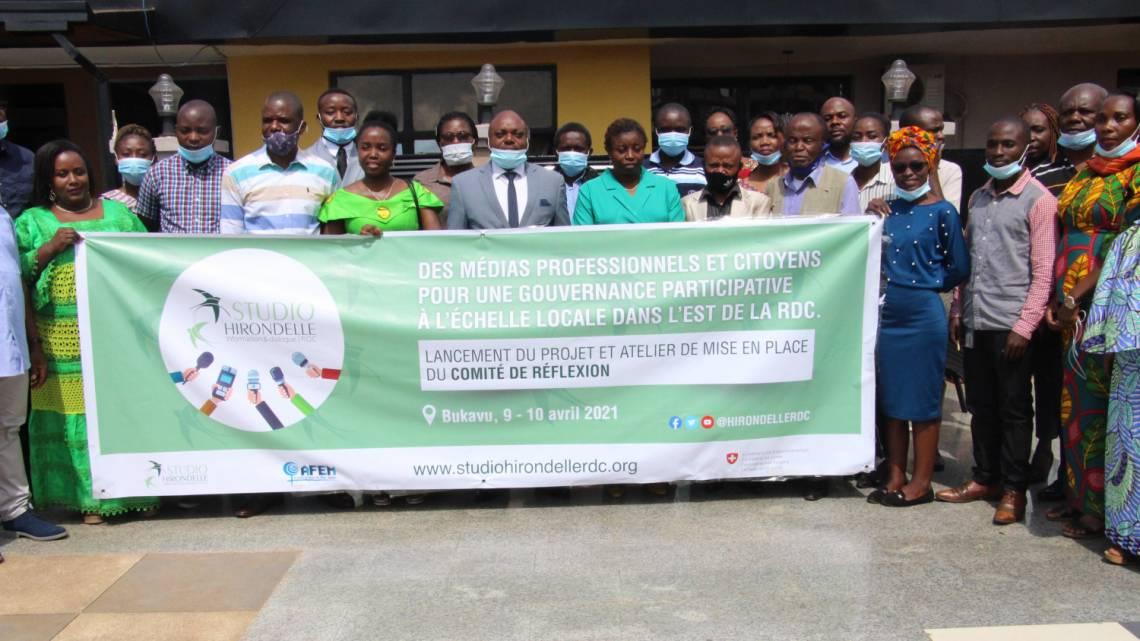Les participants à la cérémonie de lancement du projet, vendredi 9 avril à Bukavu, Sud-Kivu, en République démocratique du Congo.