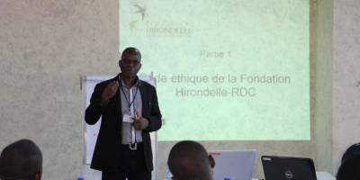 Journalisme en zone de conflit : formation de correspondants à Kinshasa
