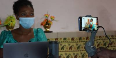 Mobile journalism training in Conakry as part of our COVID program