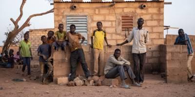 """Information face à """"l'infodémie"""" pour les déplacés internes au Burkina Faso"""