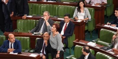 Tunisie : adoption d'une loi d'amnistie contestée