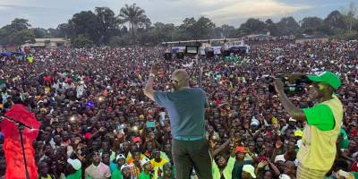 """CAR: thousands gather to say """"NO"""" to disinformation with Radio Ndeke Luka"""