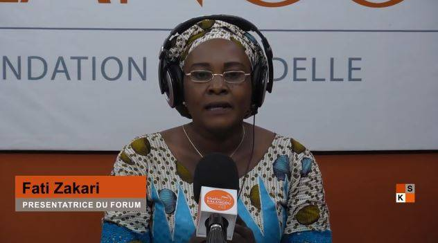 """One of the presenters of Studio Kalangou's program """"Forum"""", now broadcast both in audio version, by 45 Nigerien radios, and in video version, by 5 partner television channels."""