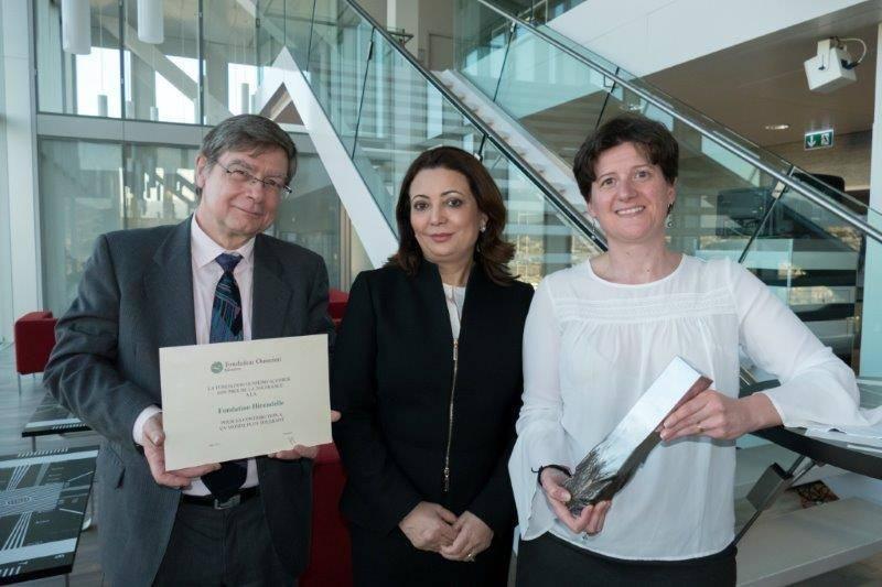 Ouided Bouchamaoui, Prix Nobel de la Paix 2015 avec le Quartet du dialogue national en Tunisie, avec Jean-Marie Etter et Caroline Vuillemin de la Fondation Hirondelle.